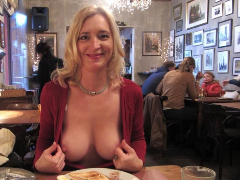 Amateur Blonde Milf Loves To Flash Her Natural Tits 9