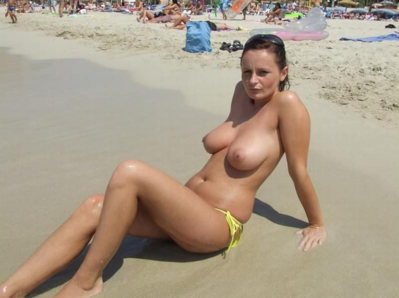 Speak Amateur nudist beach naked pics theme