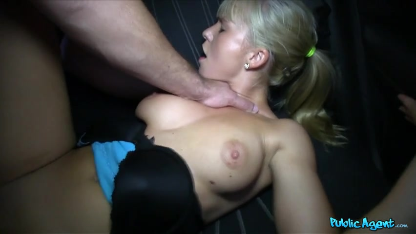 Hot Blonde Amateur Girlfriend